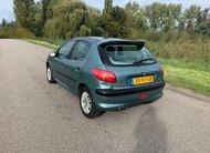 Peugeot 206 – 1.4 XT NAP RIJDT GOED NW koppeling
