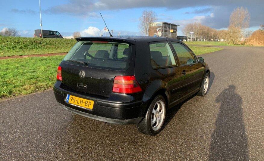 Volkswagen Golf – 1.4-16V Oxford AIRCO/Nieuwe APK NU IN ACTIE