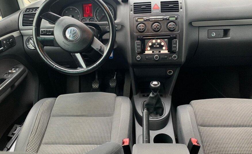 Volkswagen Touran – 2.0 TDI 7-persoons AIRCO  NIEUWE APK   NAVI